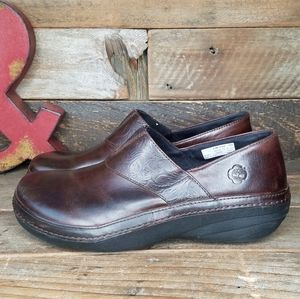 Timberland Anti-Fatigue Aged Brown Leather Clogs